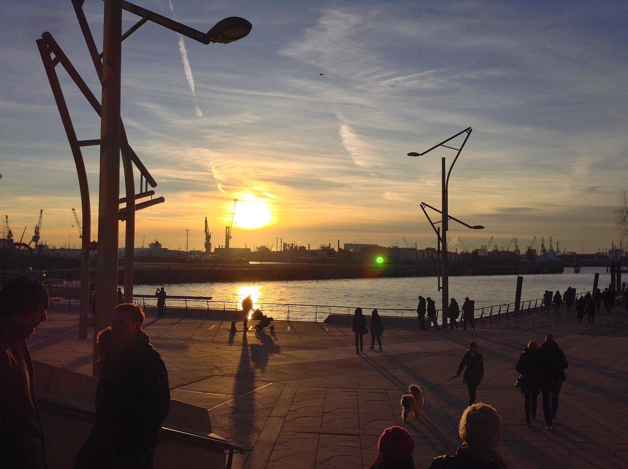 Wetter in Hamburg im Dezember 2019: Temperatur & Klimatabelle